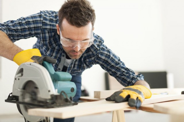 Protect Your Vision: Safety Tips for Home and Work Eye Hazards